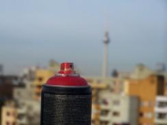 fspraycan red roof kreuzberg berlin 02